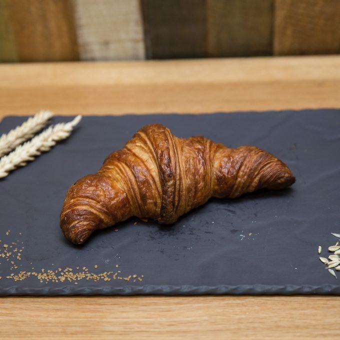 5-croissant-cu-unt