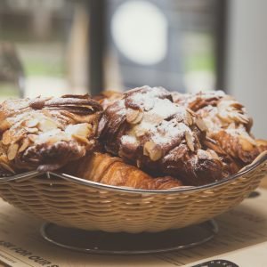 croissant-cu-migdale-2